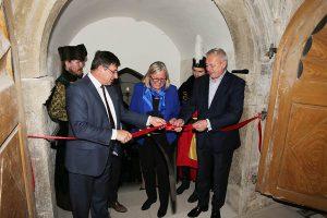 Obnova horného nádvoria hradu Ľupča - otvorenie
