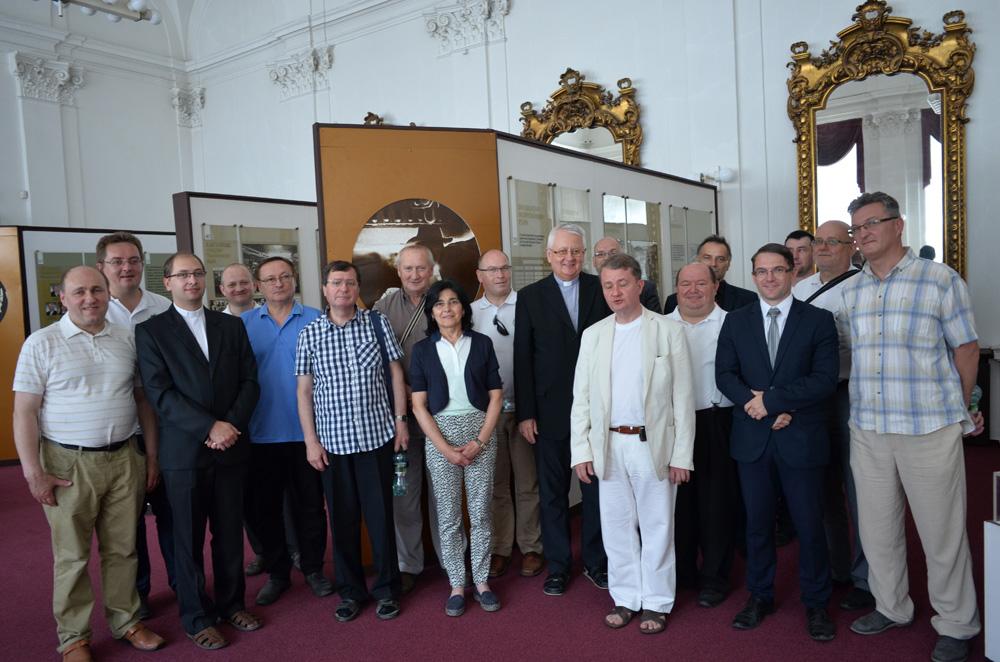 Dňa 22. júna 2017 navštívili Železiarne Podbrezová rožňavský diecézny biskup mons. prof. ThDr. PhDr. Stanislav Stolárik, PhD. akňazi rožňavskej diecézy