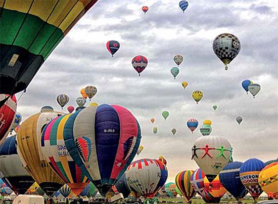Najväčšie podujatie teplovzdušných balónov vEurópe, Le Grand Rendez-Vous