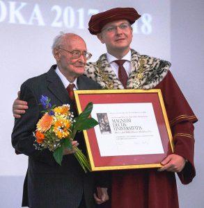 Autor prvej monografie opodbrezovských železiarňach (Oceľový chlieb zPodbrezovej) Dr. h. c. prof. PhDr. Július Alberty, CSc.