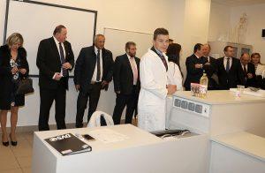 Naši hostia navštívili odborné učebne súkromných škôl Železiarní Podbrezová...