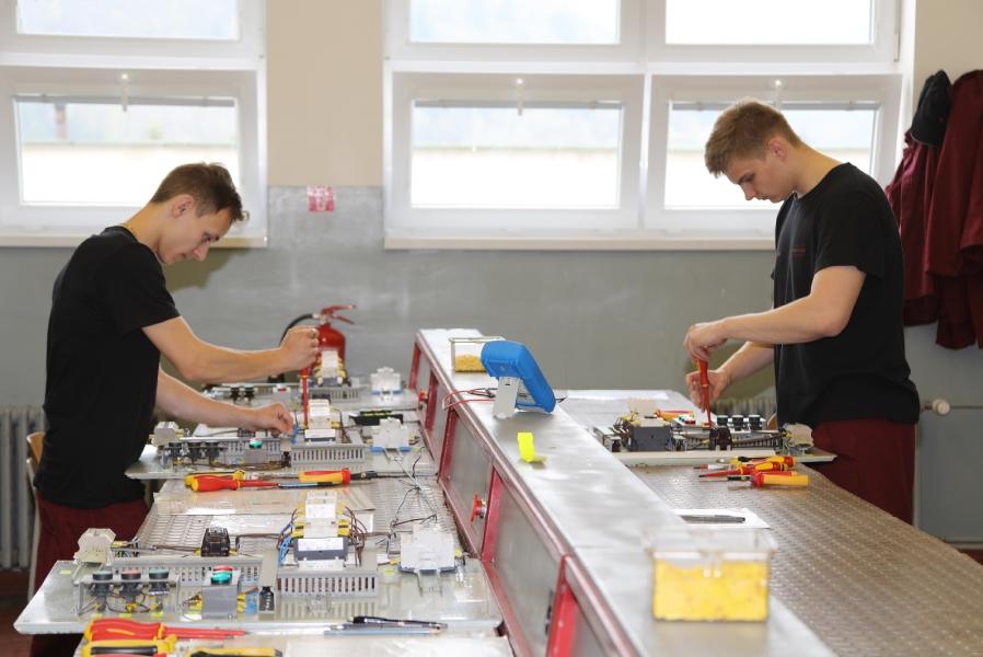 Praktické maturity v priestoroch školy Železiarne Podbrezová