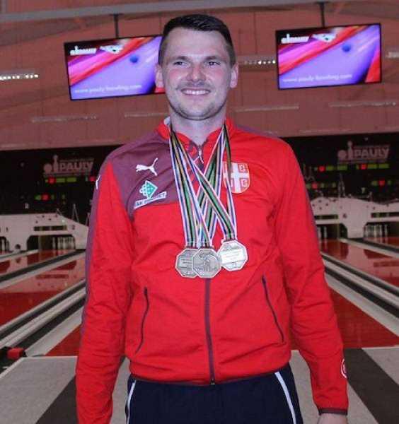 Vilmoš Zavarko si z Rumunska doniesol tri zlaté medaily