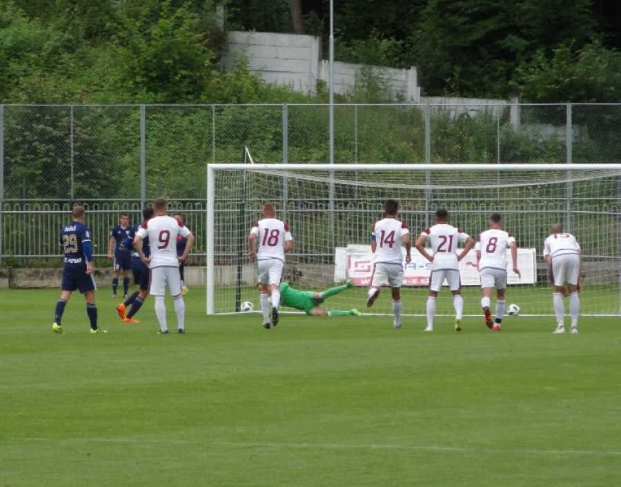 Po premenenej penalte Holiša sme prehrávali už 0:2