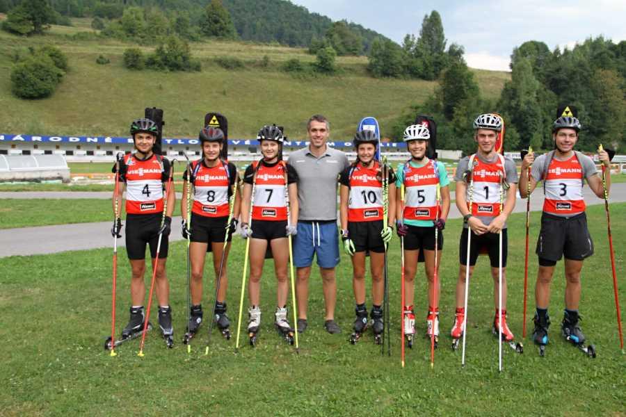 Zostava našich biatlonistov