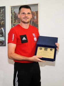 Vilmoš Zavarko s ocenením