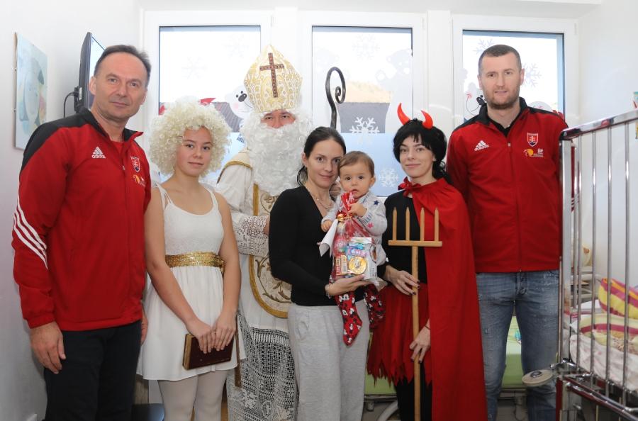 Kolkári na navštívili deti v breznianskej nemocnici