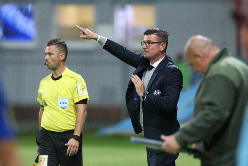 Mareka Fabuľu v posledných dvoch zápasoch v tomto kalendárnom roku nahradil na poste hlavného trénera Gergely Geri. Foto: A. Nociarová