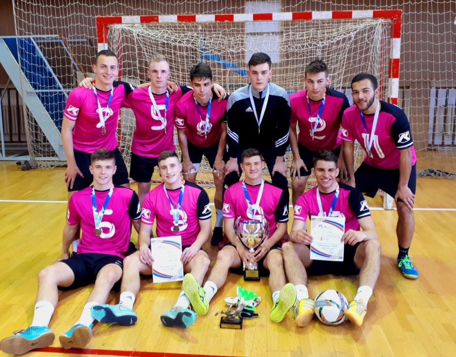 Chlapci zo SG ŽP - majstri Slovenska vo futsale žiakov stredných škôl.