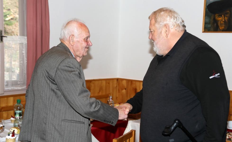 Oslávencovi prišiel osobne zagratulovať aj generálny riaditeľ ŽP Ing. Vladimír Soták