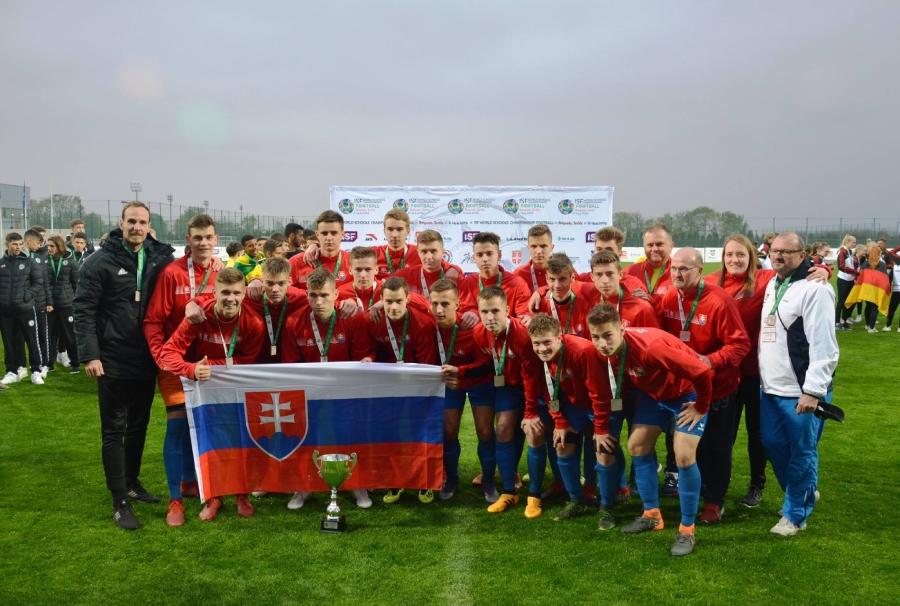Doteraz žiadna slovenská škola nehrala na školských majstrovstvách sveta vo futbale finále.