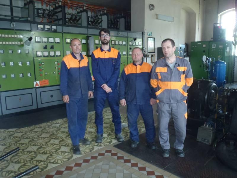 Sprava zmenový majster Ján Auxt, strojník  Martin Križian, Martin Chromek, Peter Pňaček