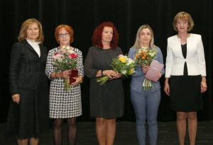 Zľava: Mária Niklová, Eva Hanková, Beáta Prečuchová, Jolana Václavíková a Katarína Zingorová. Foto: A. Nociarová