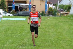 Lukáš Ottinger v úvodnom kole Viessmann pohára v letnom biatlone nenašiel premožiteľa