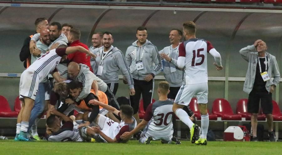 Naša radosť po prvom strelenom góle do siete Košíc. Foto: A. Nociarová