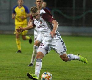 Roland Galčík strelil gól na 2:1 a tri body ostali v Podbrezovej. Foto: A. Nociarová