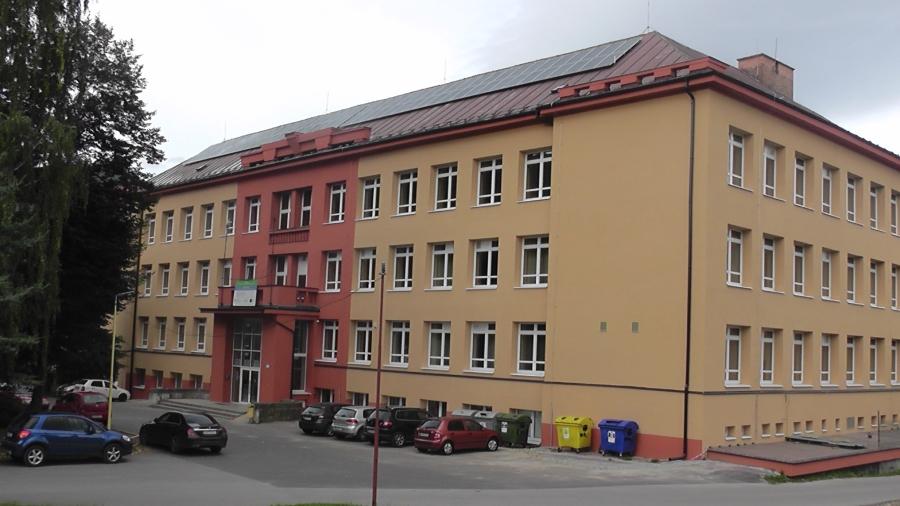 Obnovená budova OUI Valaská