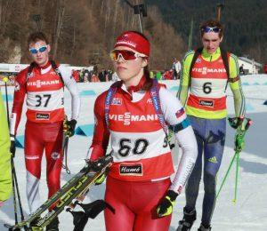 Ema Kapustová potvrdila skvelú formu a v nemeckom Arberi skončila na výbornom deviatom mieste v superšprinte. Na snímke A. Nociarovej počas februárových M-SR v biatlone