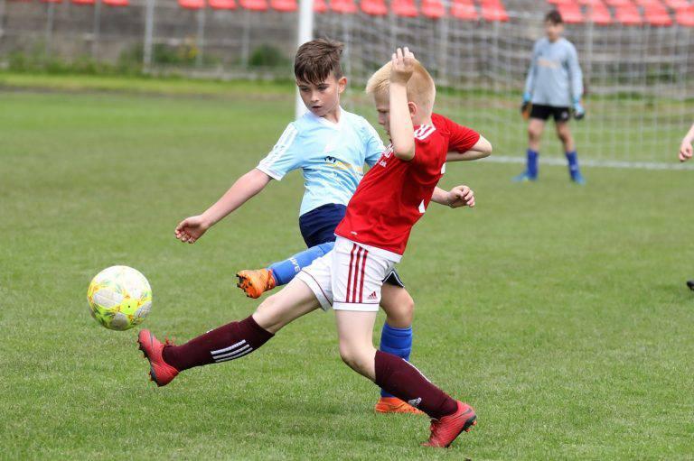 Najmladší futbalisti sa nevedia dočkať návratu na futbalové ihriská. Foto: I. Kardhordová