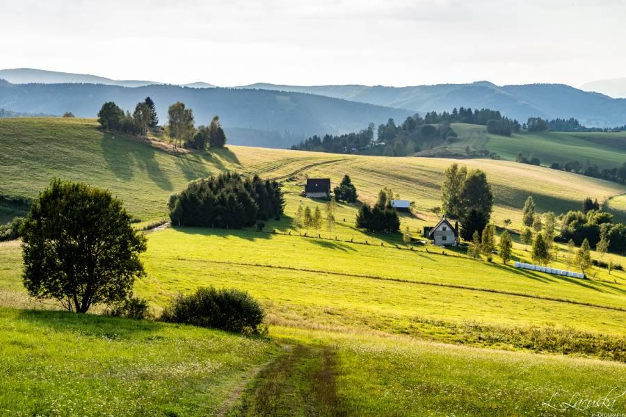 Cyklotúra prekrásnou prírodou nášho regiónu objekítvom Ľ. Lacušku