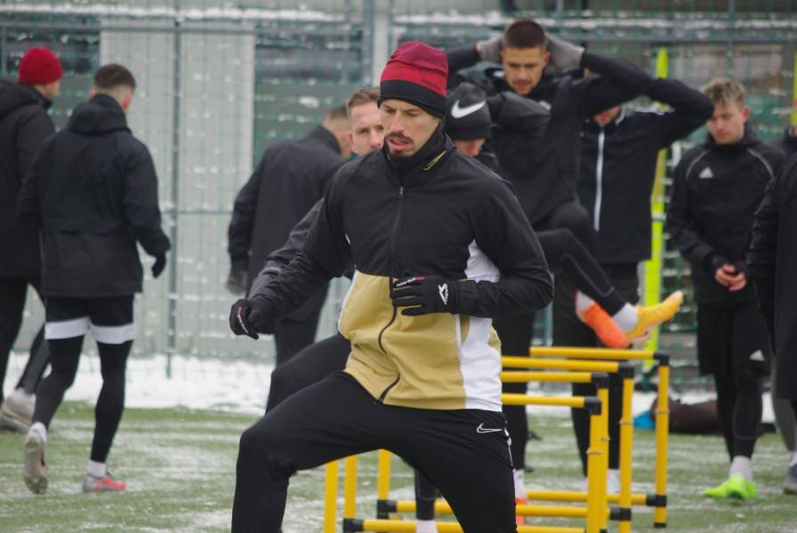 Kapitán futbalovej reprezentácie Slovenska počas tréningu s mužstvom FK Železiarne Podbrezová. Foto: J. Straka