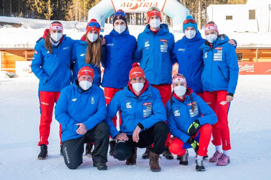 Členovia Biatlonového oddielu ŠK Železiarne Podbrezová v dejisku mládežníckeho svetového šampionátu v Obertilliachu. Foto: I. Stančík